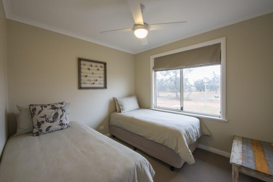 FlindersBushRetreats030817-0055