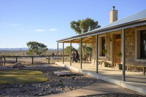 FlindersBushRetreats0719-7459